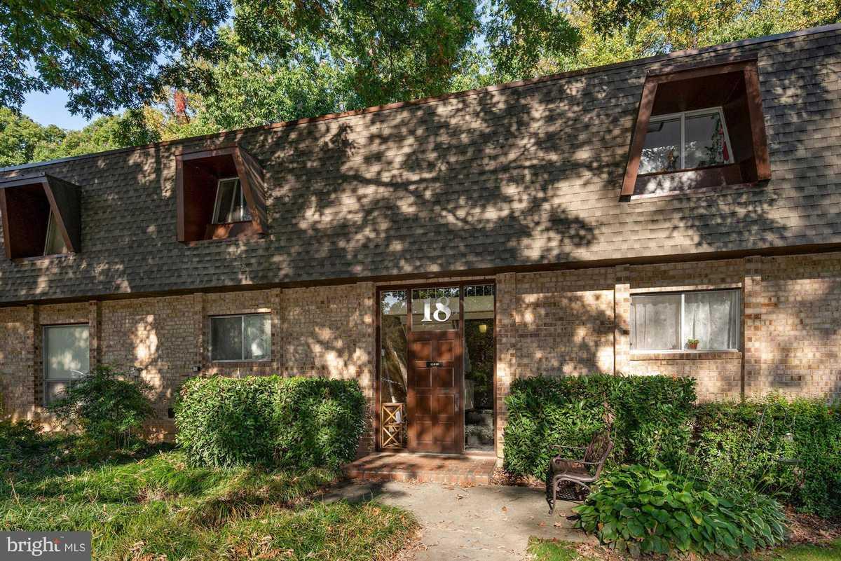 $199,999 - 1Br/1Ba -  for Sale in Vantage Hill, Reston