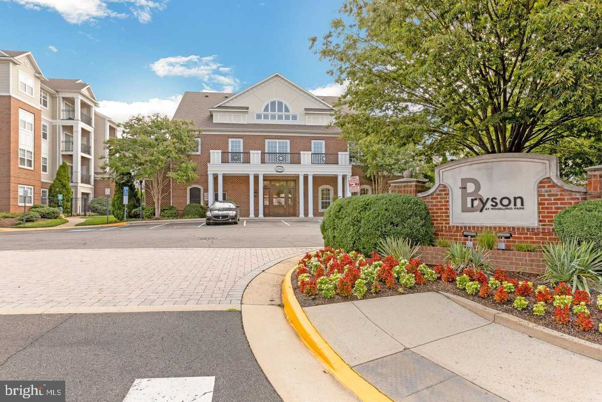 $230,000 - 1Br/1Ba -  for Sale in Bryson At Woodland Park, Herndon