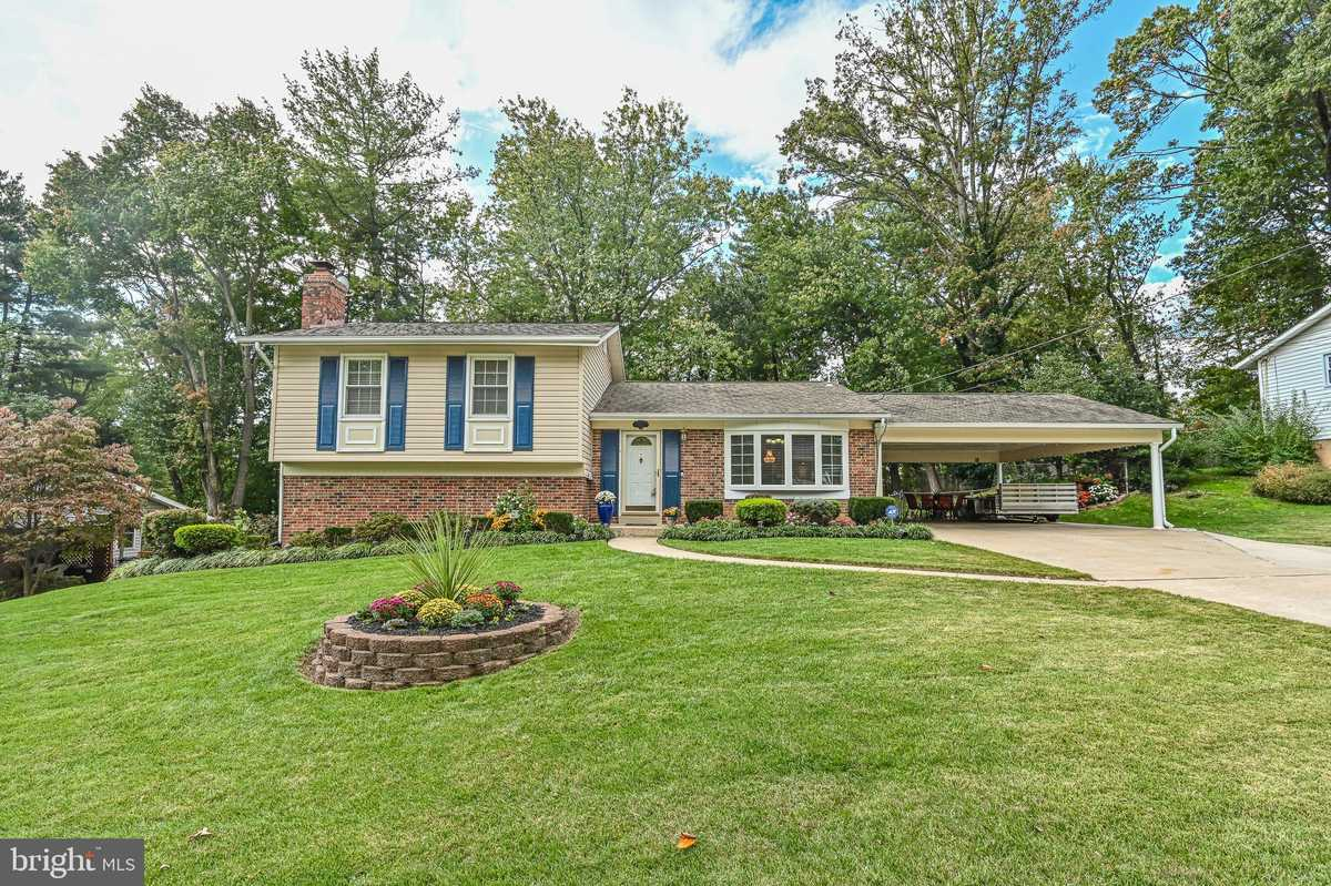 $679,900 - 4Br/2Ba -  for Sale in Keene Mill Manor, Springfield
