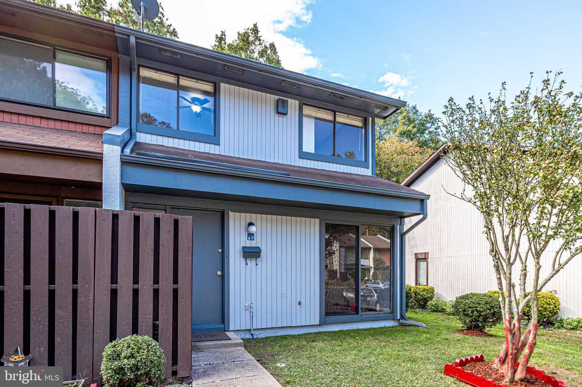 $370,000 - 3Br/2Ba -  for Sale in Reston, Reston
