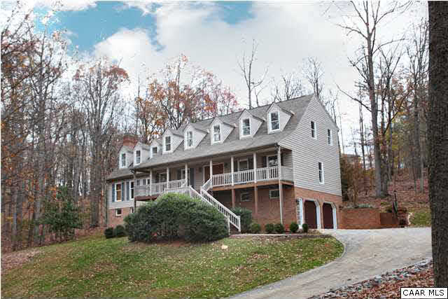 $349,900 - 4Br/4Ba -  for Sale in Fox Runn, Lynchburg