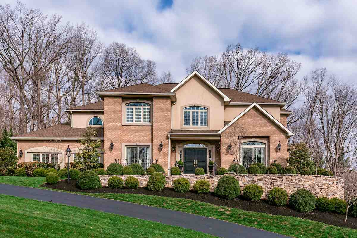 $675,000 - 4Br/4Ba -  for Sale in Bridlewood, Penn Laird