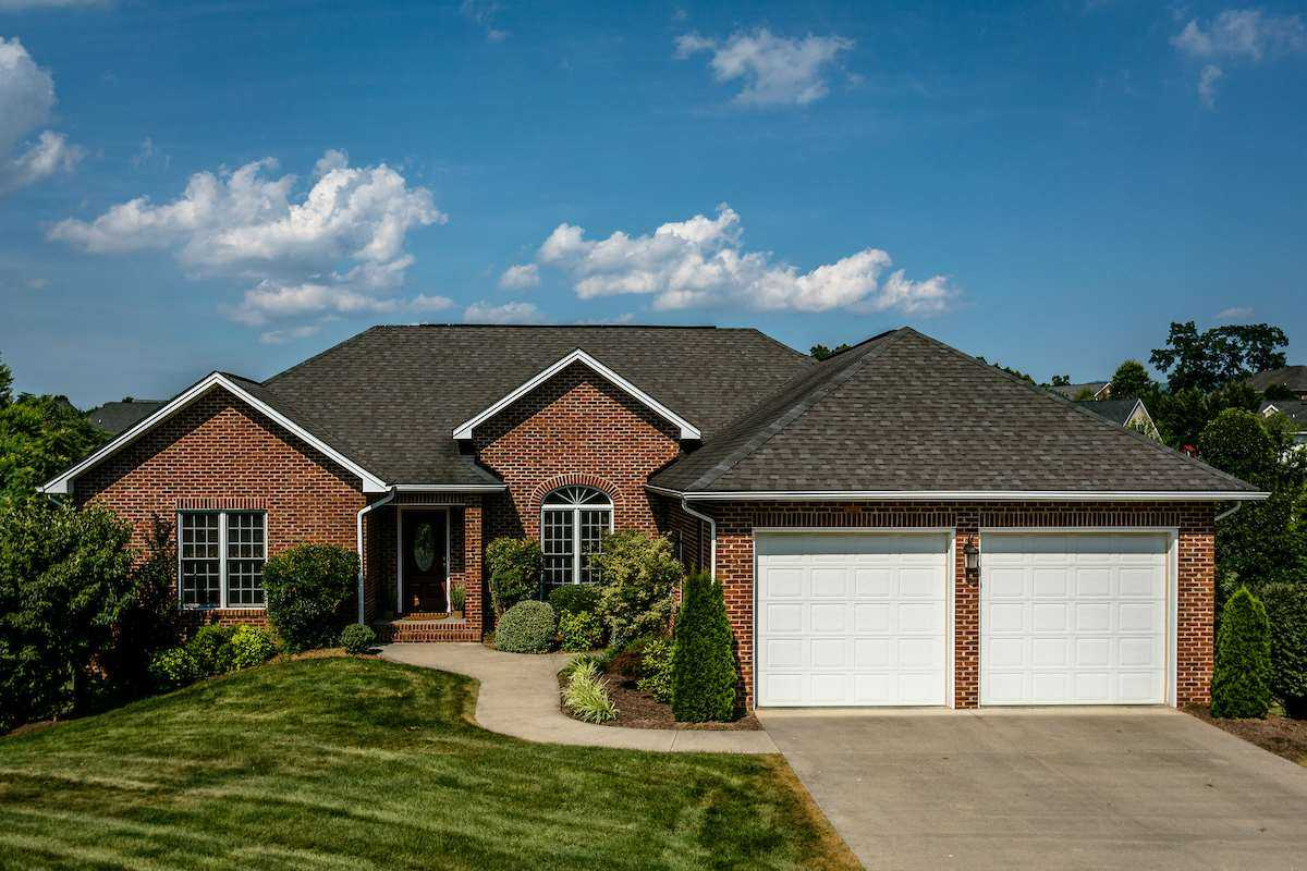 $394,900 - 4Br/4Ba -  for Sale in Barrington, Rockingham