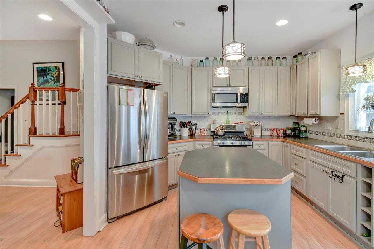 $270,000 - 3Br/3Ba -  for Sale in Farm Colony, Stanardsville