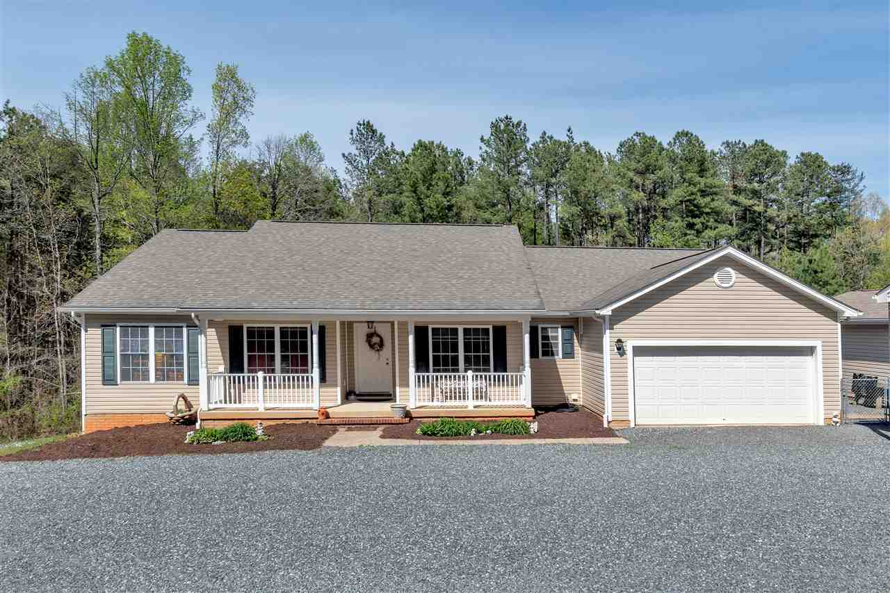 $345,000 - 4Br/3Ba -  for Sale in Spotswood Farms, Barboursville