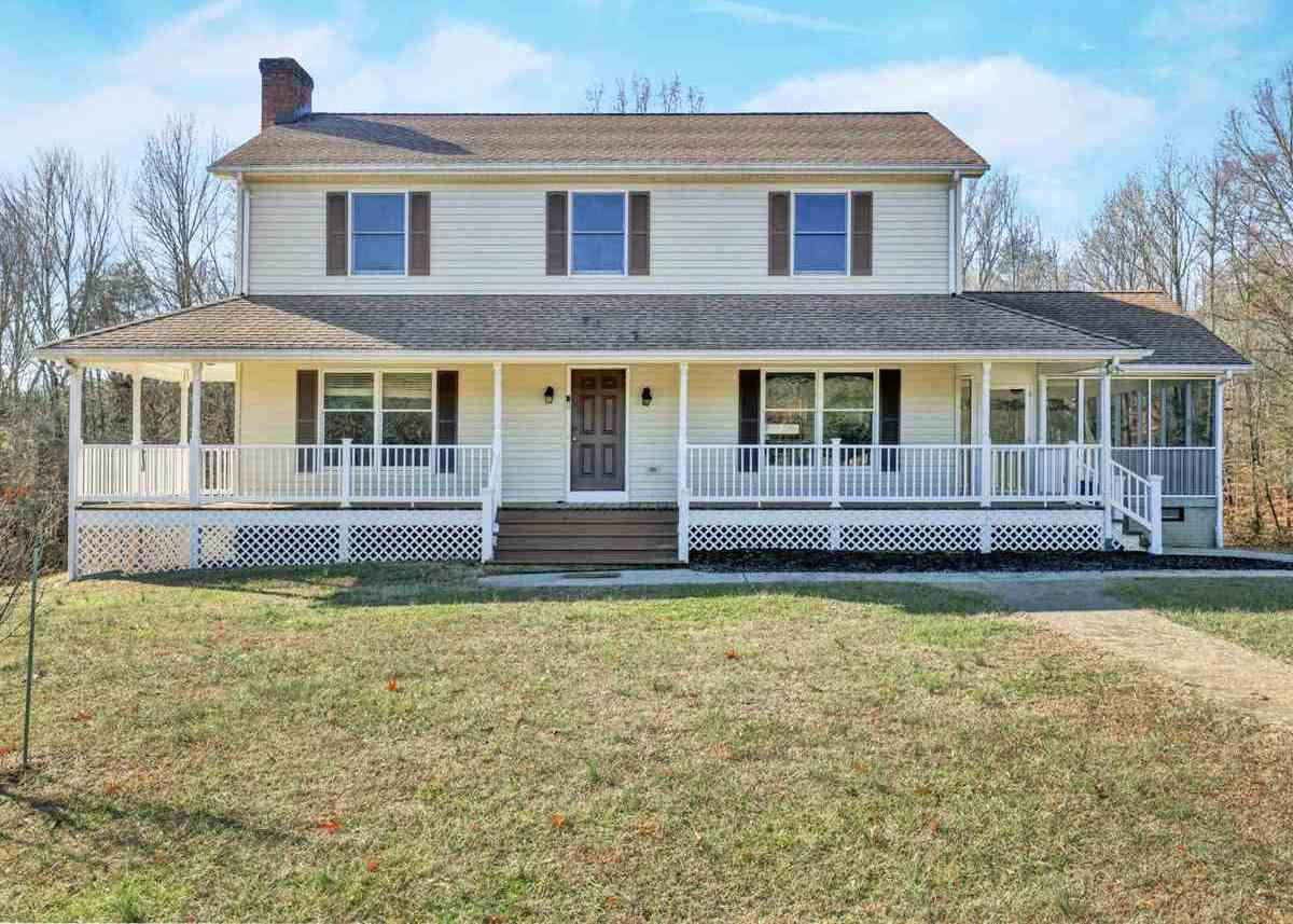 $365,000 - 4Br/5Ba -  for Sale in Apple Grove, Mineral