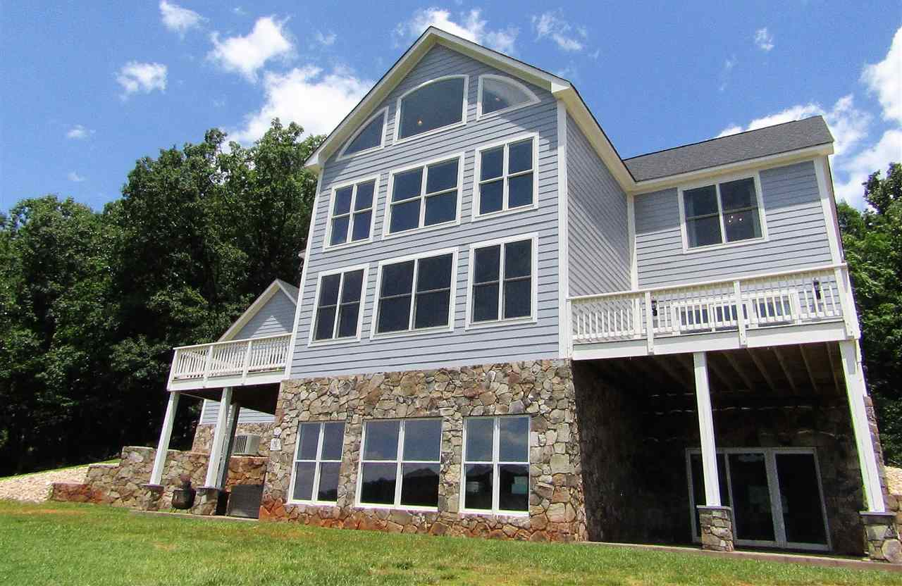 $839,900 - 3Br/4Ba -  for Sale in None, Keswick