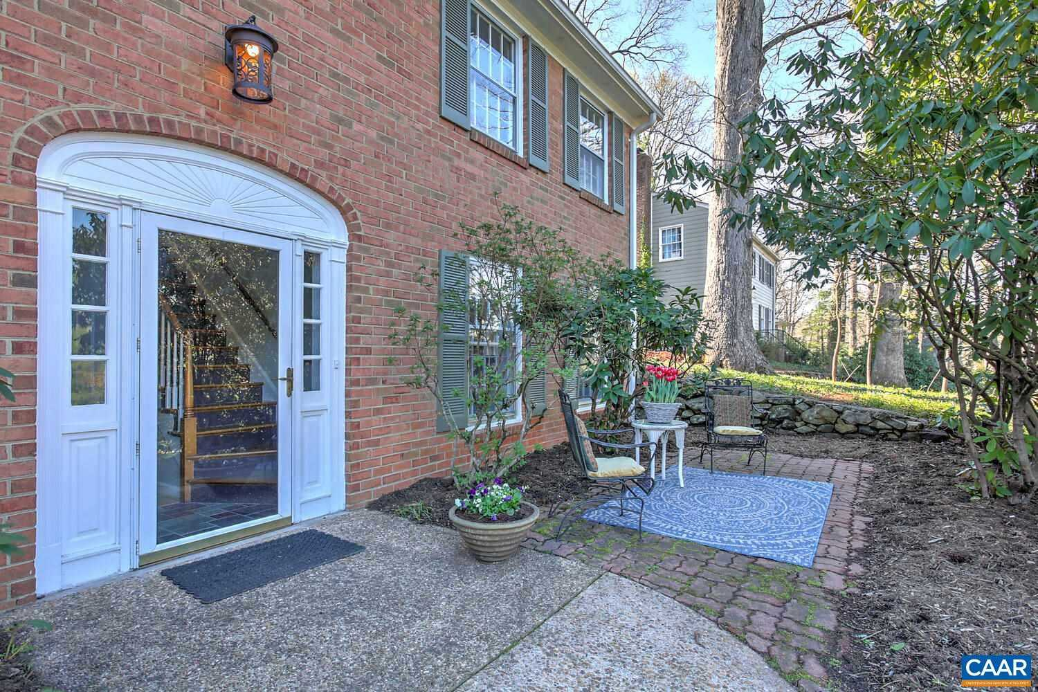 $559,000 - 4Br/2Ba -  for Sale in Greenbrier Heights (charlottesville), Charlottesville