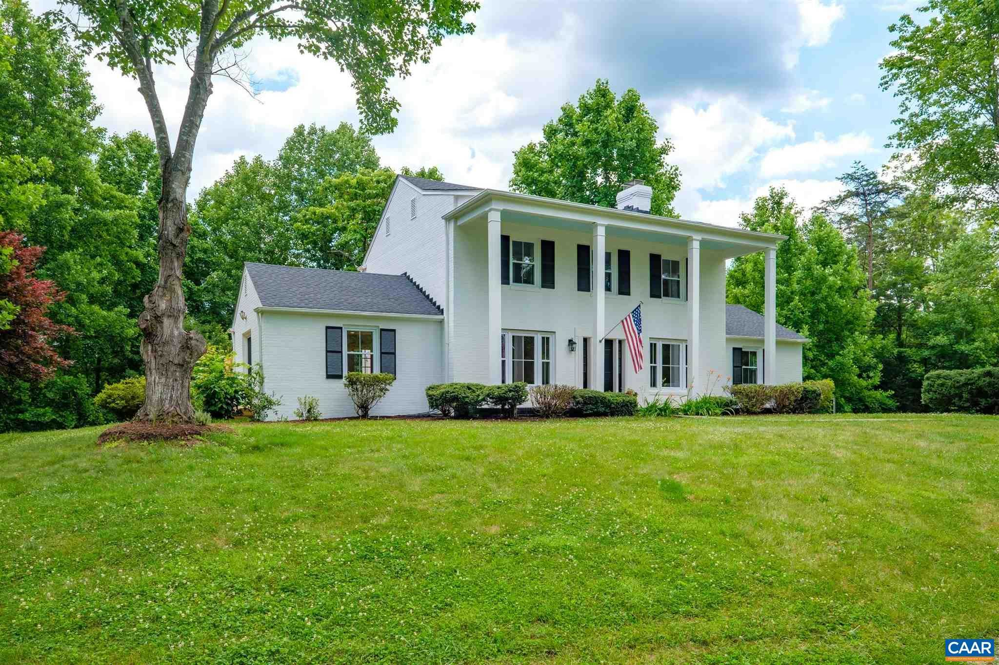 $749,000 - 4Br/5Ba -  for Sale in None, Free Union