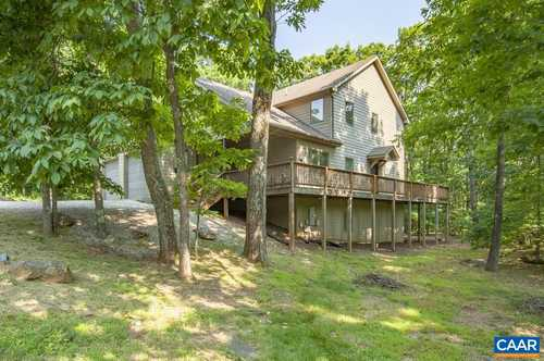 $579,000 - 5Br/3Ba -  for Sale in Wintergreen Mountain Village, Wintergreen Resort