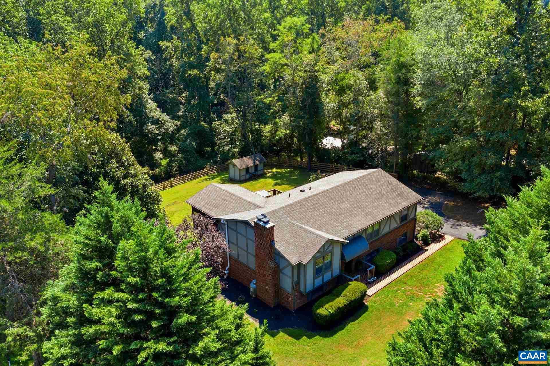 $480,000 - 4Br/4Ba -  for Sale in Northfields, Charlottesville