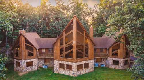 $799,900 - 3Br/5Ba -  for Sale in None, Fishersville