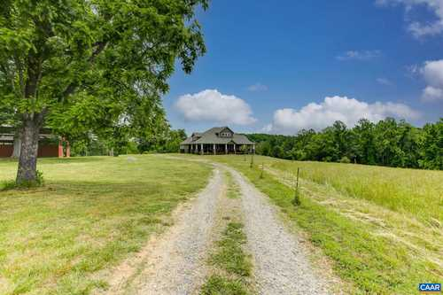 $825,000 - 4Br/2Ba -  for Sale in None, Louisa