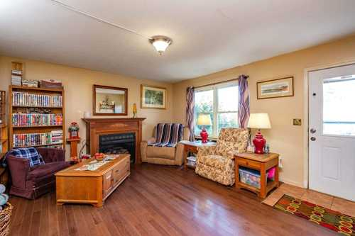 $227,000 - 4Br/2Ba -  for Sale in Countryside, Waynesboro