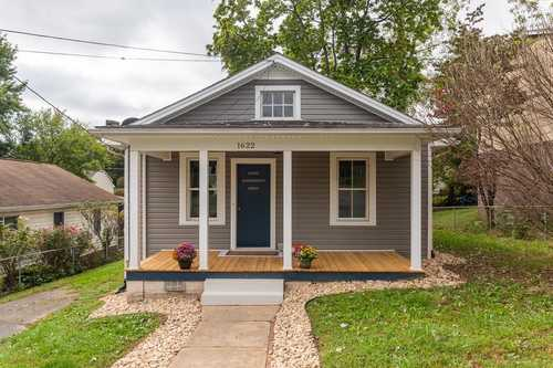 $179,900 - 3Br/1Ba -  for Sale in Montgomery Heights, Staunton