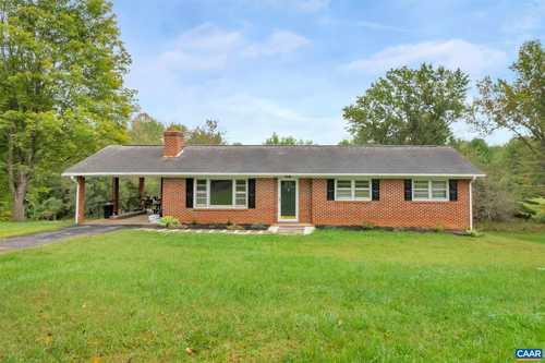 $320,000 - 4Br/2Ba -  for Sale in Montford, Orange