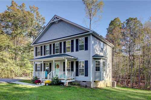 $289,900 - 3Br/3Ba -  for Sale in None, Louisa