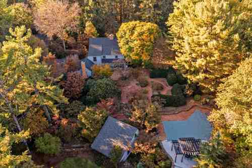 $819,000 - 4Br/3Ba -  for Sale in None, Fishersville