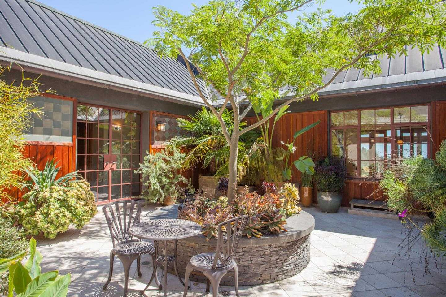 $4,475,000 - 4Br/6Ba -  for Sale in Santa Cruz