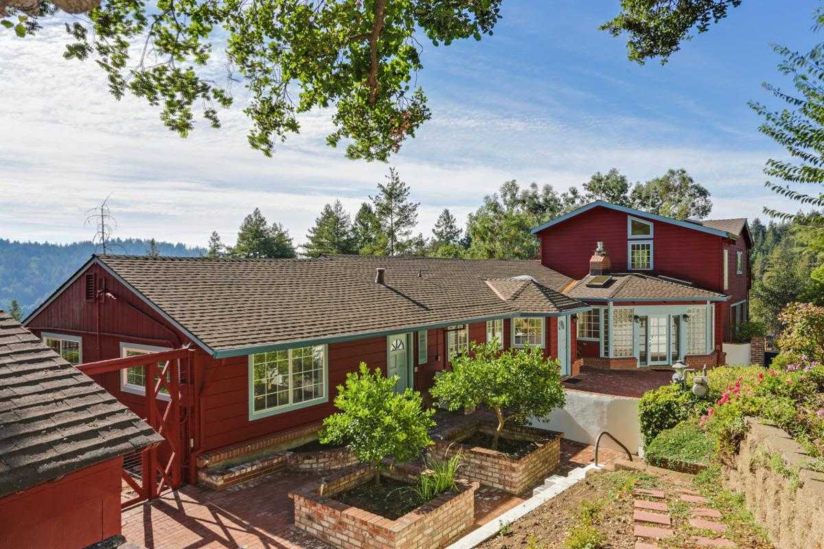 $1,095,000 - 4Br/3Ba -  for Sale in Scotts Valley