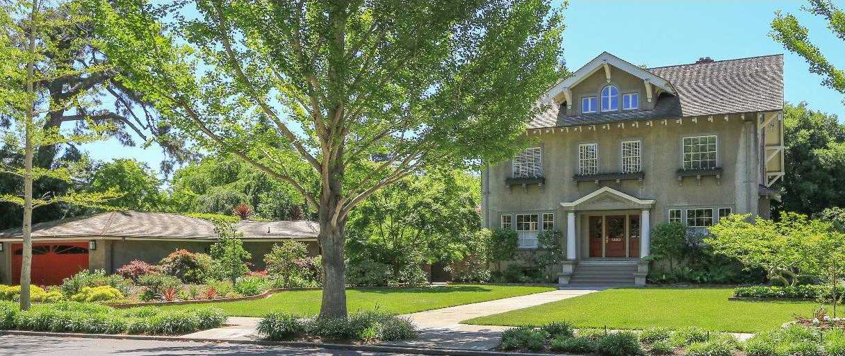 $10,500,000 - 5Br/4Ba -  for Sale in Palo Alto
