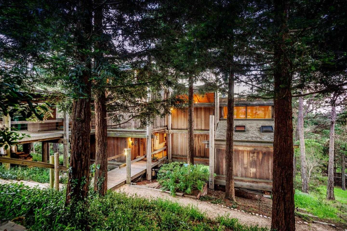 $1,175,000 - 3Br/3Ba -  for Sale in Pebble Beach