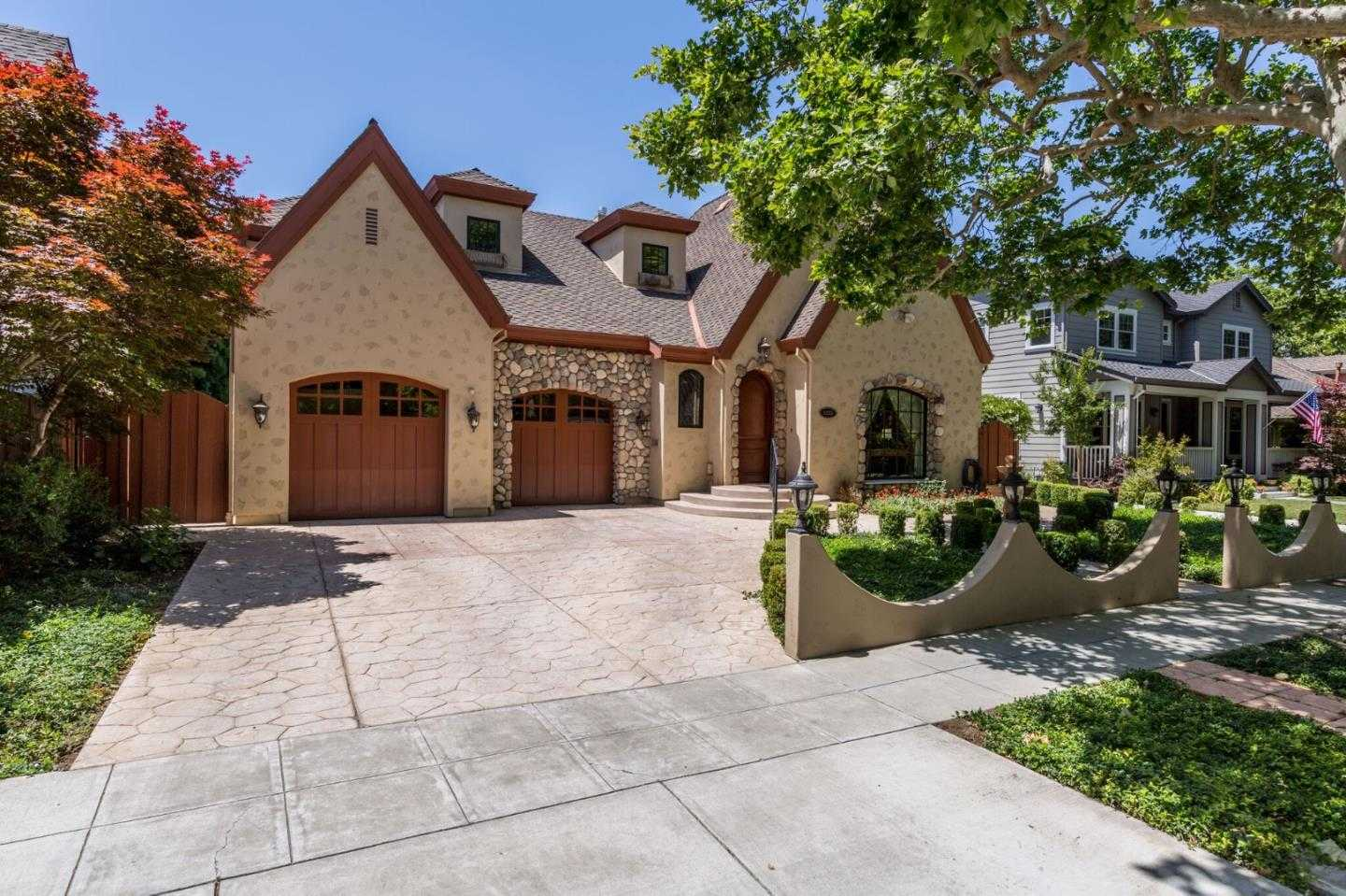 $2,099,888 - 4Br/5Ba -  for Sale in San Jose