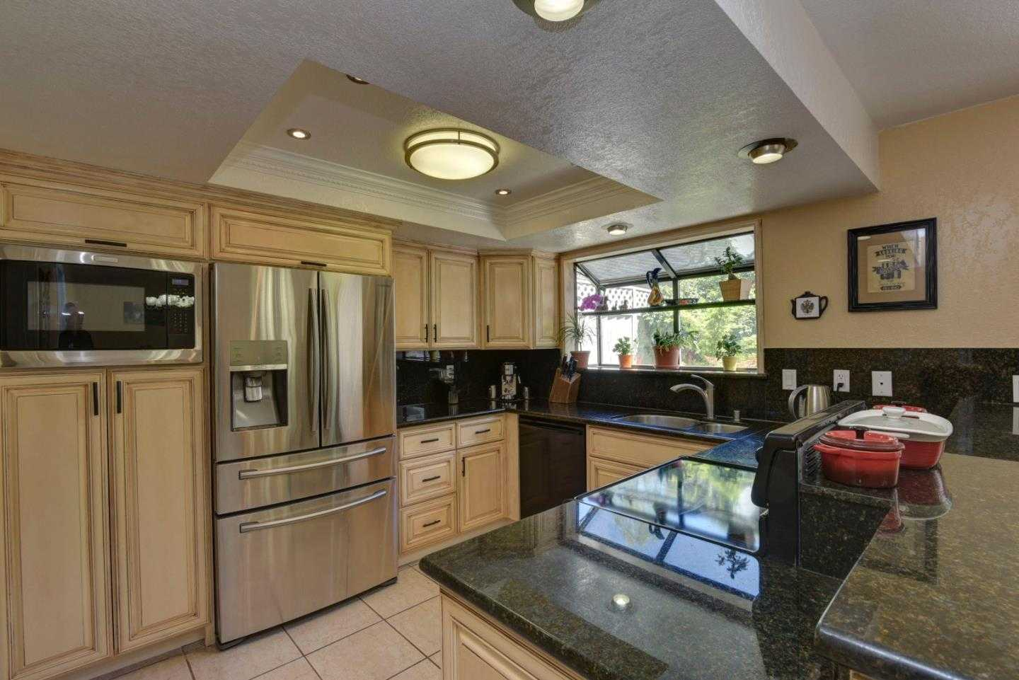 $849,888 - 3Br/3Ba -  for Sale in San Jose