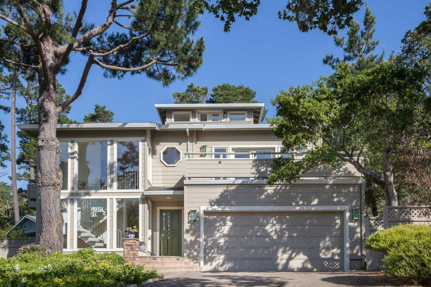 $1,395,000 - 3Br/3Ba -  for Sale in Carmel Highlands