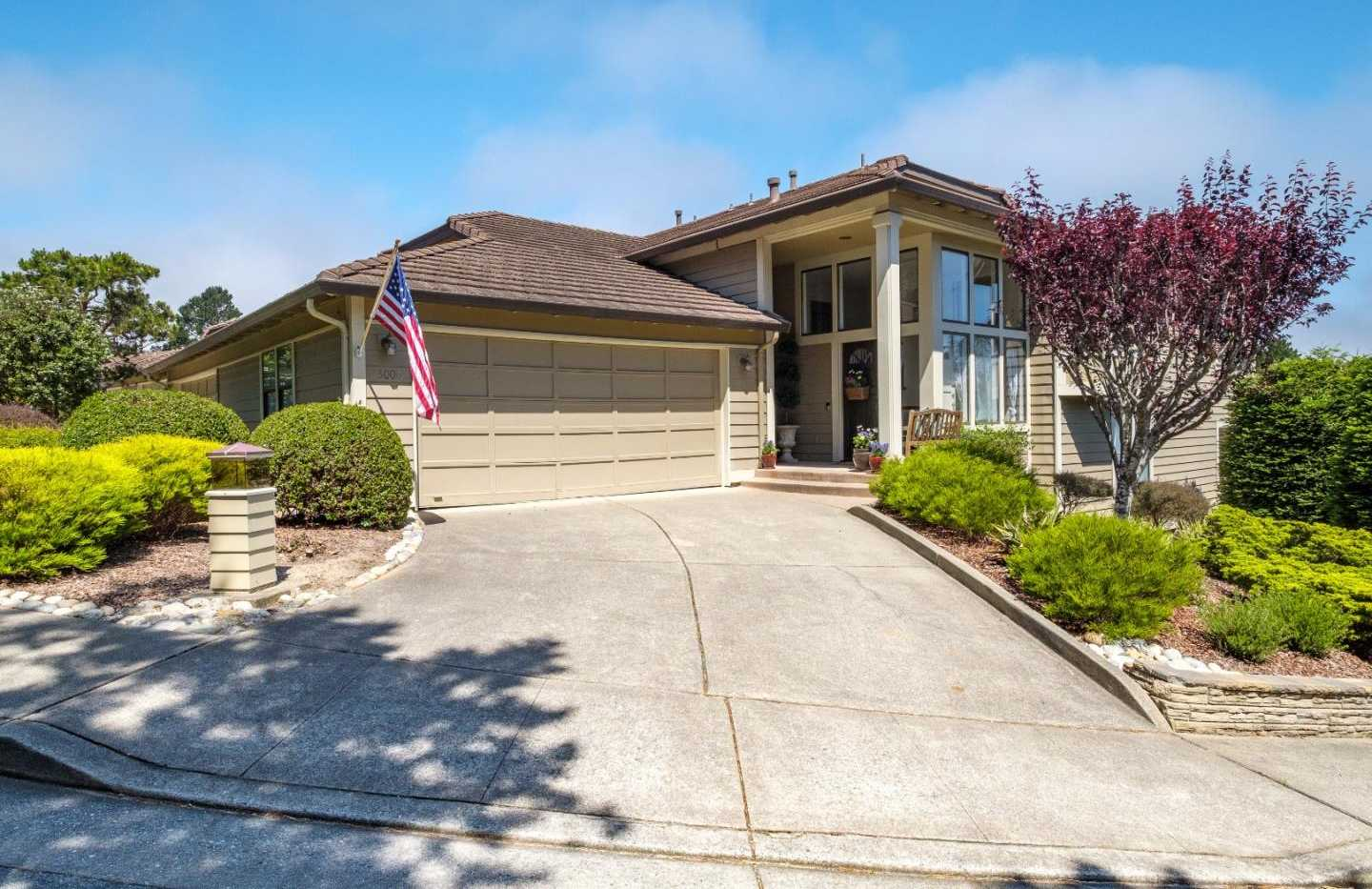 $844,000 - 3Br/3Ba -  for Sale in Pacific Grove