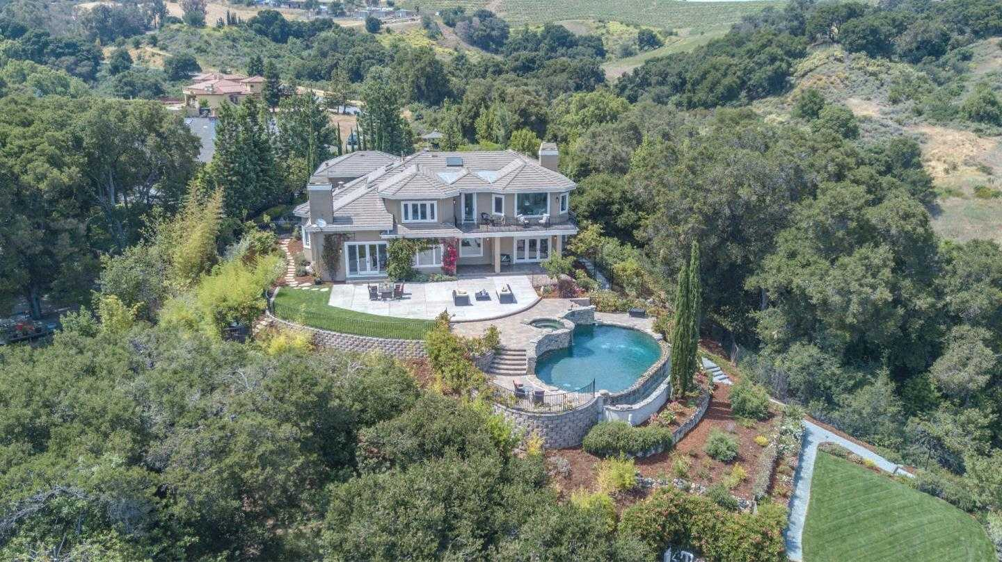 $4,599,000 - 5Br/6Ba -  for Sale in Saratoga
