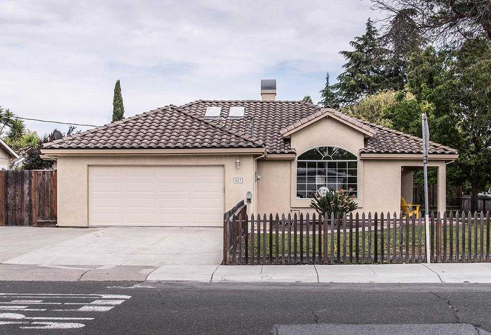 $1,388,000 - 4Br/2Ba -  for Sale in Mountain View