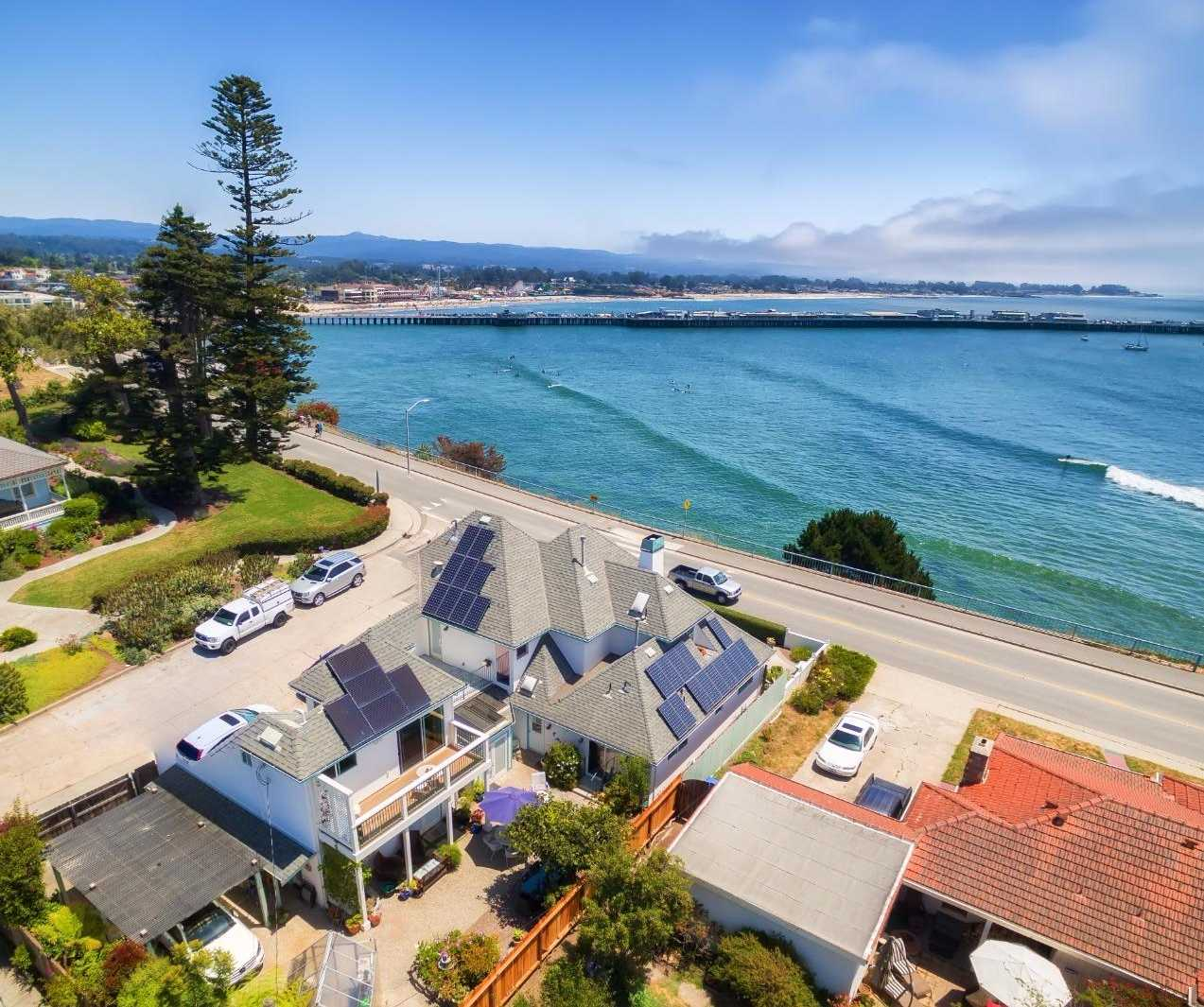 $5,800,000 - 4Br/4Ba -  for Sale in Santa Cruz