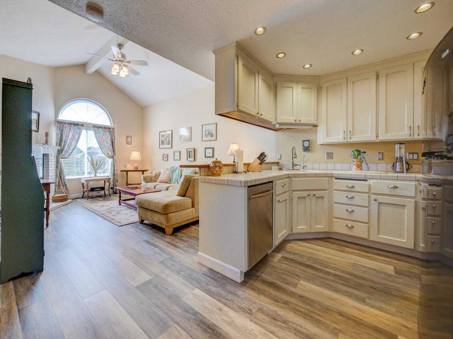 $610,000 - 2Br/2Ba -  for Sale in Scotts Valley