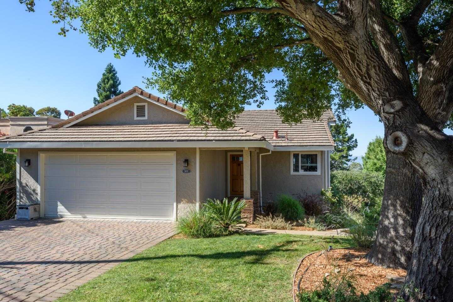 $1,899,000 - 4Br/3Ba -  for Sale in Redwood City