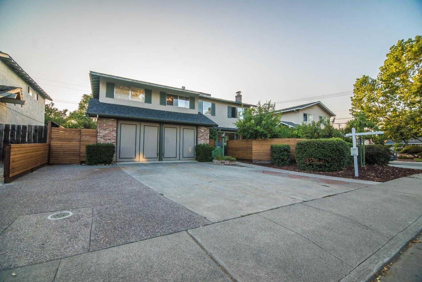 $1,299,000 - 4Br/3Ba -  for Sale in Campbell