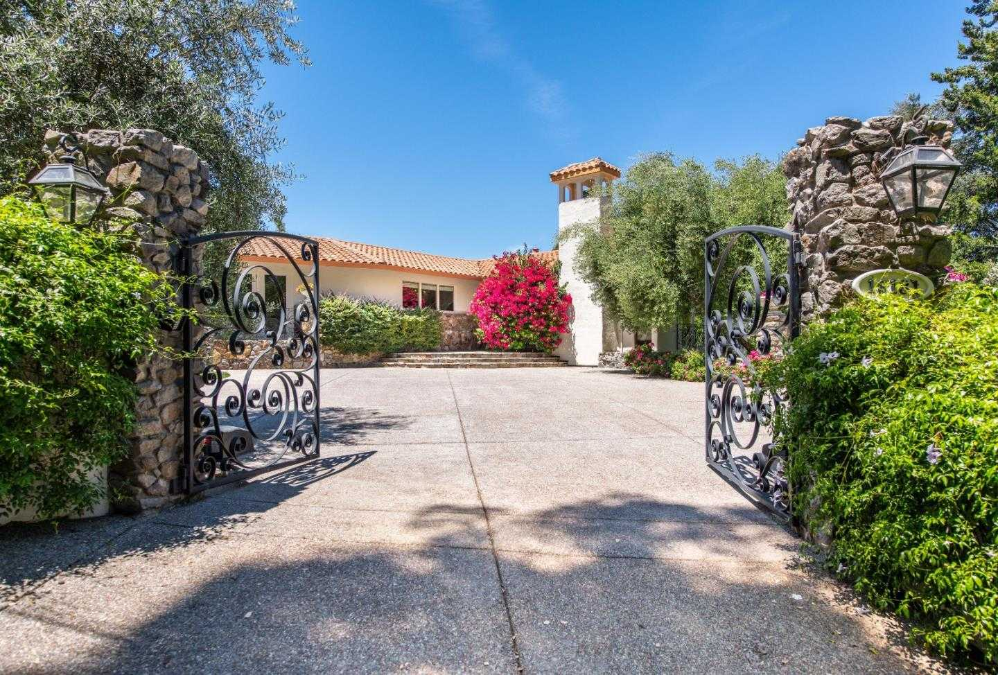 $6,300,000 - 4Br/5Ba -  for Sale in Los Gatos