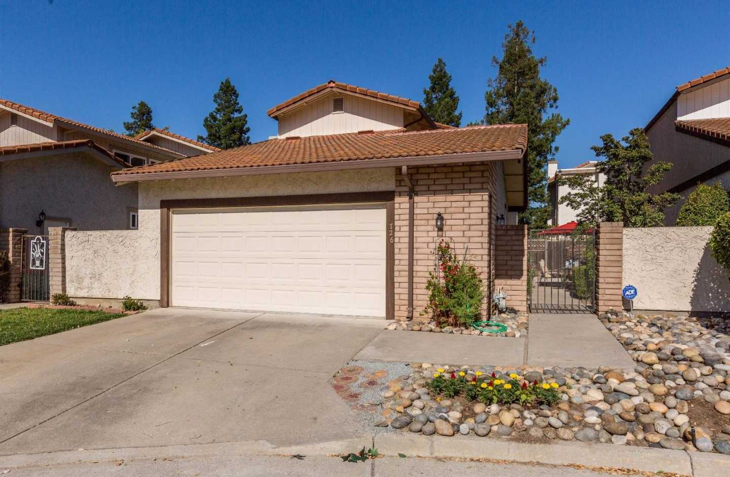 $1,198,000 - 3Br/3Ba -  for Sale in Campbell