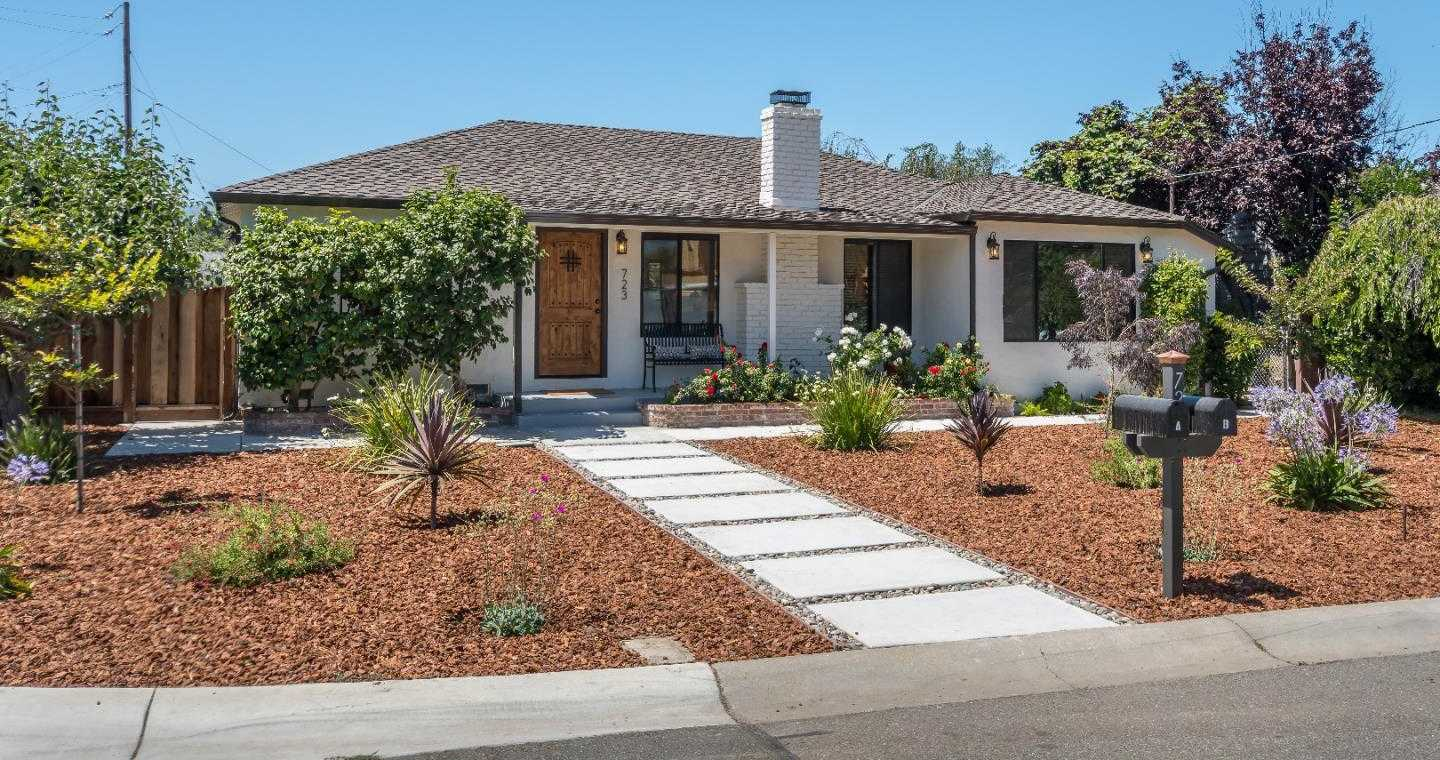 $2,198,000 - 4Br/4Ba -  for Sale in Mountain View
