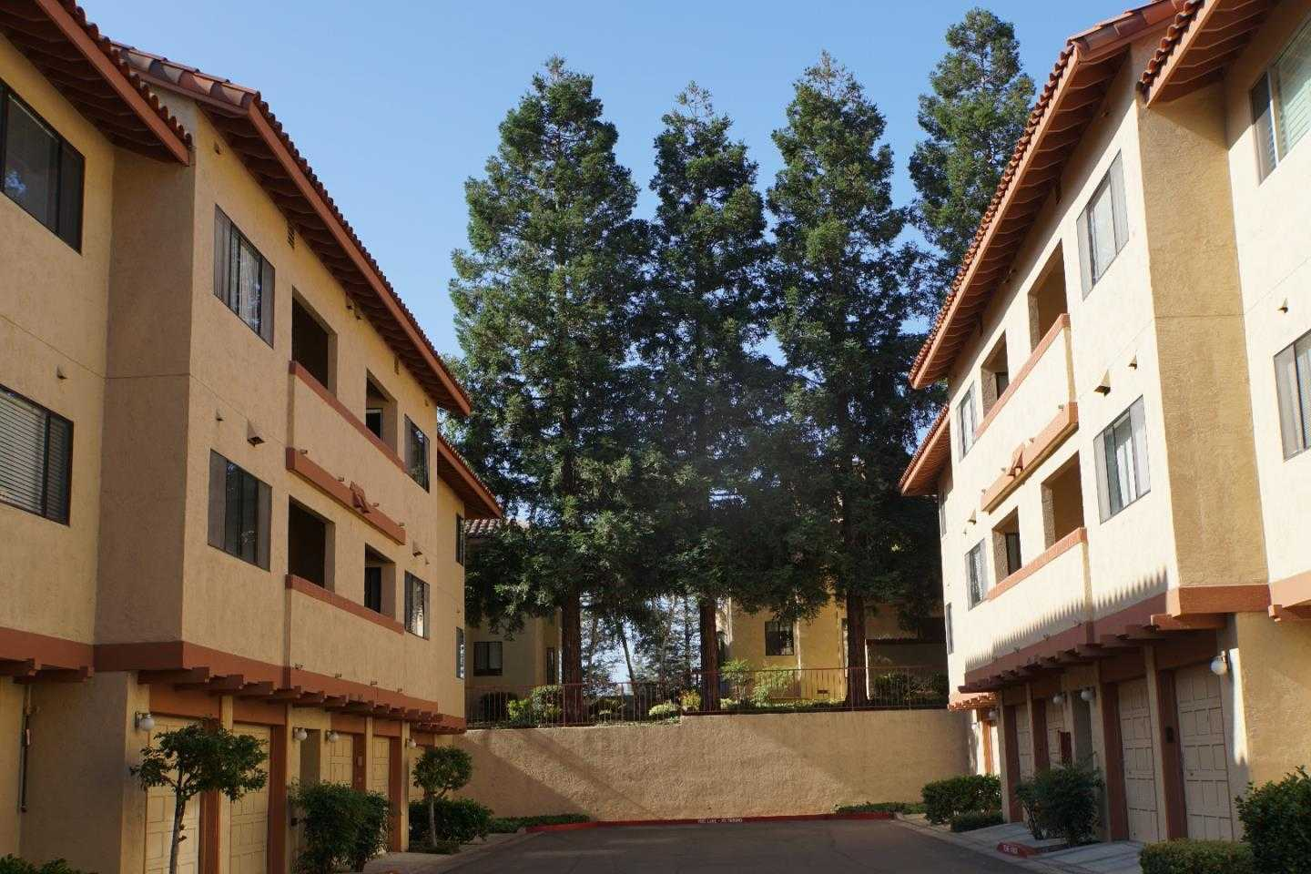 $798,800 - 1Br/1Ba -  for Sale in Cupertino