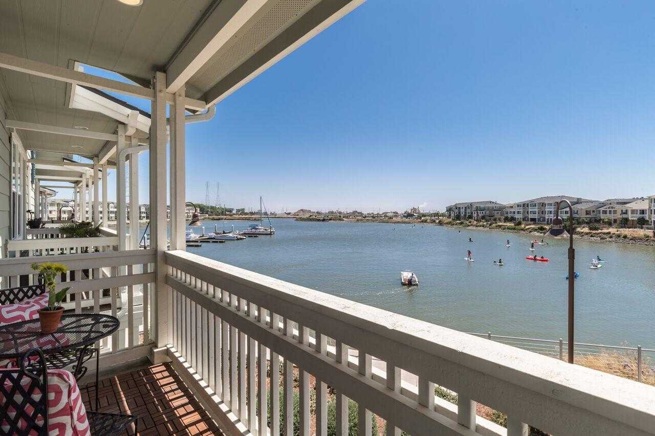 $1,388,000 - 3Br/3Ba -  for Sale in Redwood City