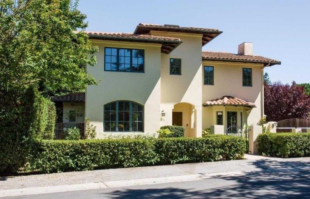$4,788,000 - 5Br/4Ba -  for Sale in Menlo Park