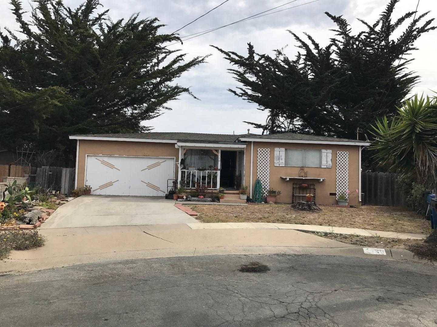 $434,500 - 3Br/1Ba -  for Sale in Marina