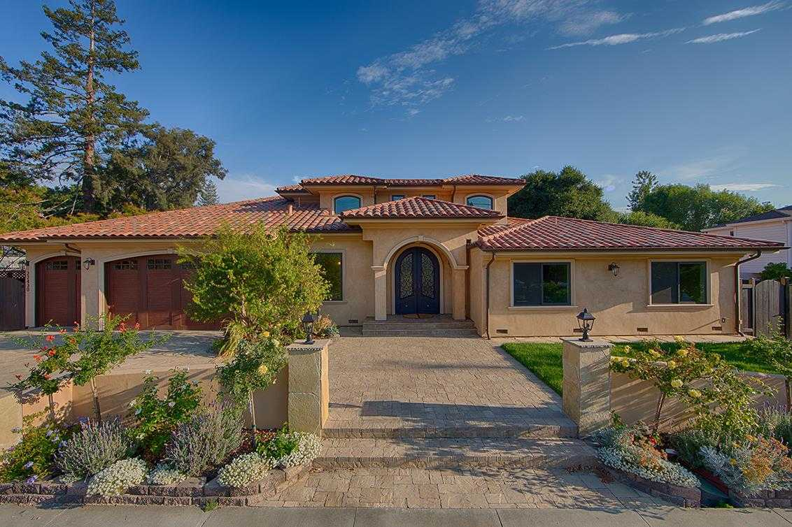 $3,888,000 - 7Br/6Ba -  for Sale in Cupertino