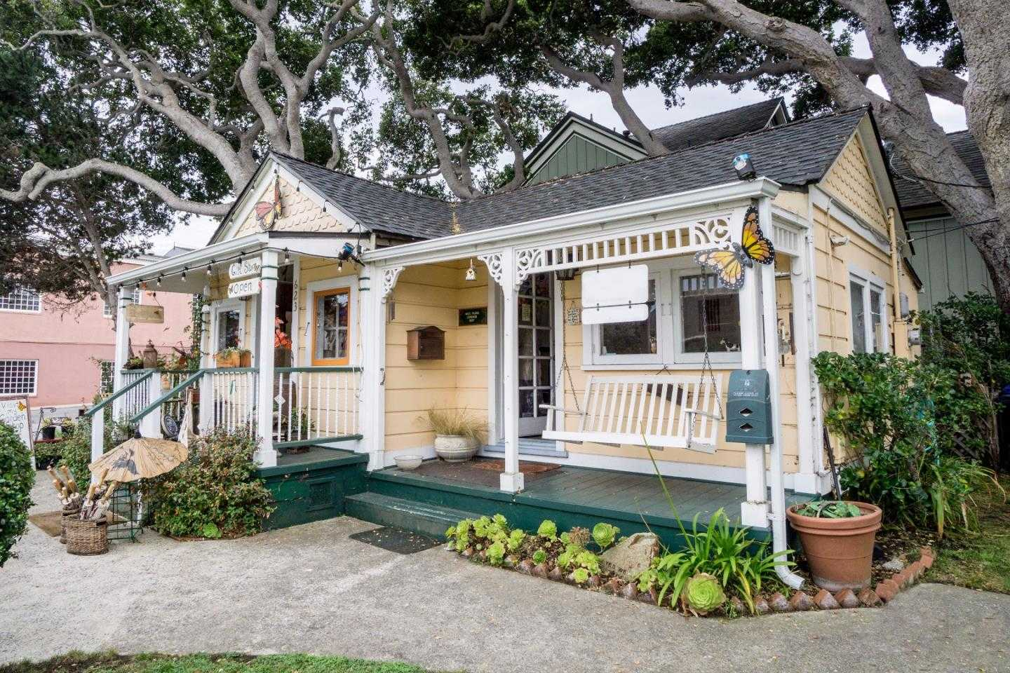 $699,000 - 1Br/1Ba -  for Sale in Pacific Grove