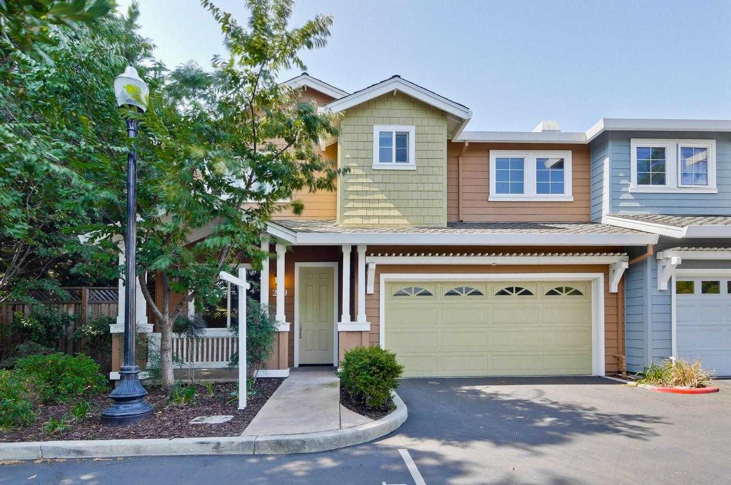$1,498,000 - 4Br/3Ba -  for Sale in Mountain View