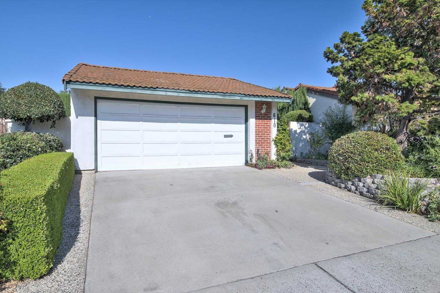 $988,000 - 3Br/2Ba -  for Sale in Campbell