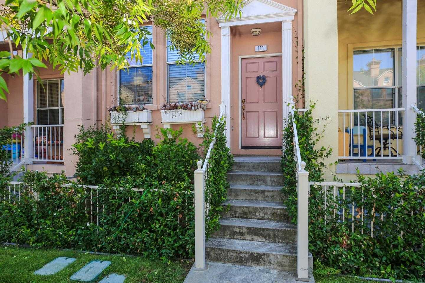 $988,888 - 2Br/3Ba -  for Sale in Mountain View