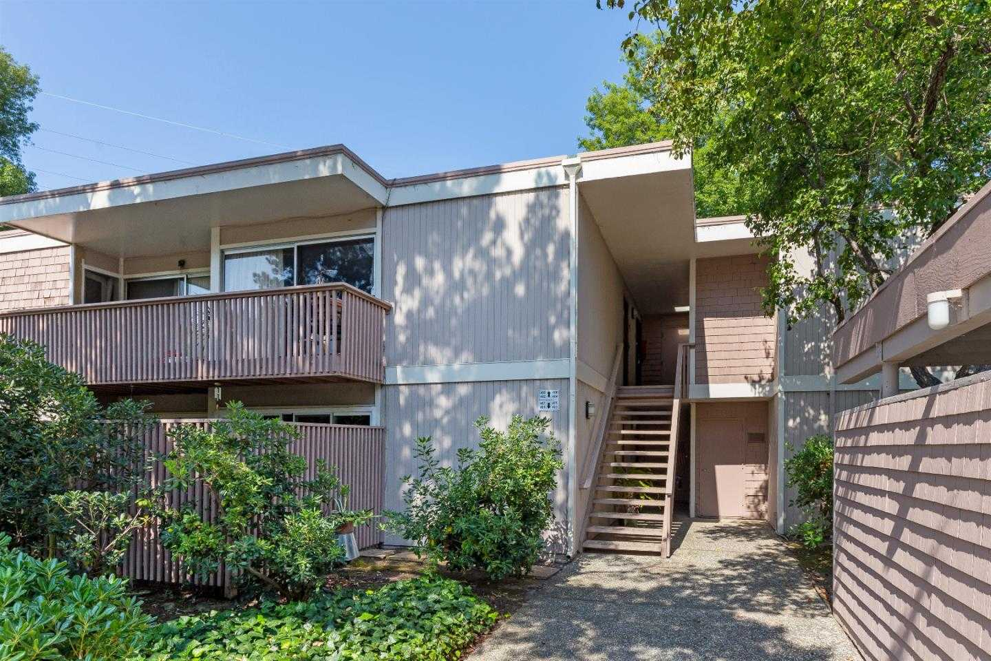 $729,000 - 2Br/1Ba -  for Sale in Mountain View