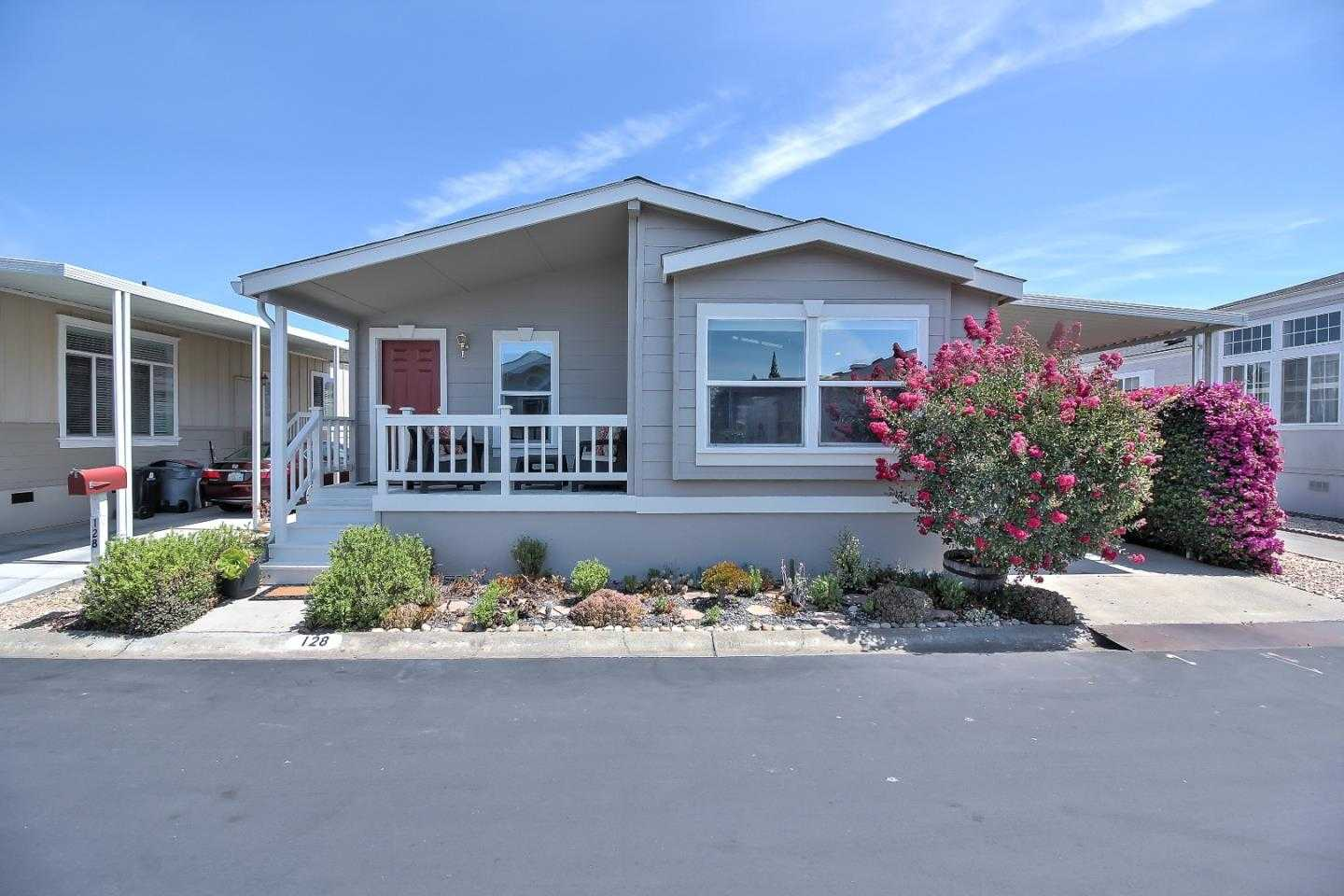 $258,888 - 2Br/2Ba -  for Sale in Mountain View
